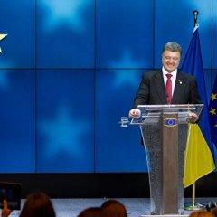 Порошенко предложил ЕС ввести новые санкции против России из-за Алеппо