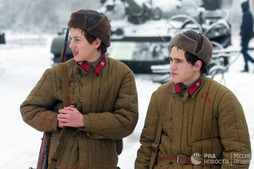 Напомним, контрнаступление советских войск стало вторым этапом Московской битвы в Великой Отечественной войне 1941-1945 годов. Ему предшествовали тяжелые оборонительные бои.