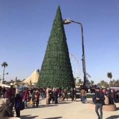 Мусульмане совершают благие дела на Рождество