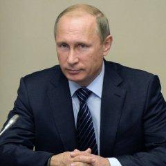 Путин: Мир пропускает удары из-за экономических и политических санкций