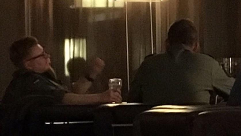 В Таллине все знают, где вечерами расслабляются за бокалом пива немецкие летчики Фото: Галина САПОЖНИКОВА