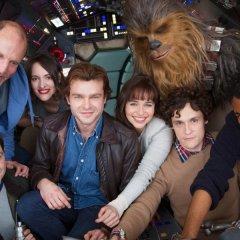 Опубликовано первое фото со съемок нового спин-оффа «Звездных войн»
