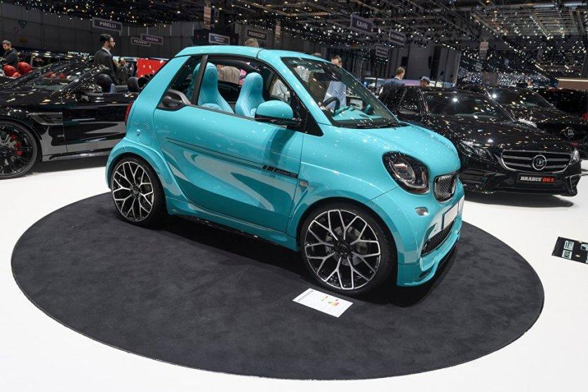 Немецкое тюнинг-ателье Brabus на автосалоне представило городской автомобиль Ultimate 125, основой которого стала компактная модель Smart ForTwo.