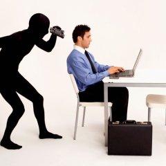 Гаджеты Google и Apple даже в выключенном состоянии могут шпионить