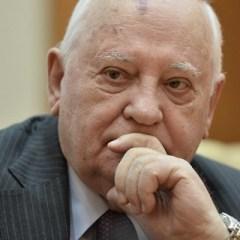 Владимир Путин поздравил Михаила Горбачева с 86-летием