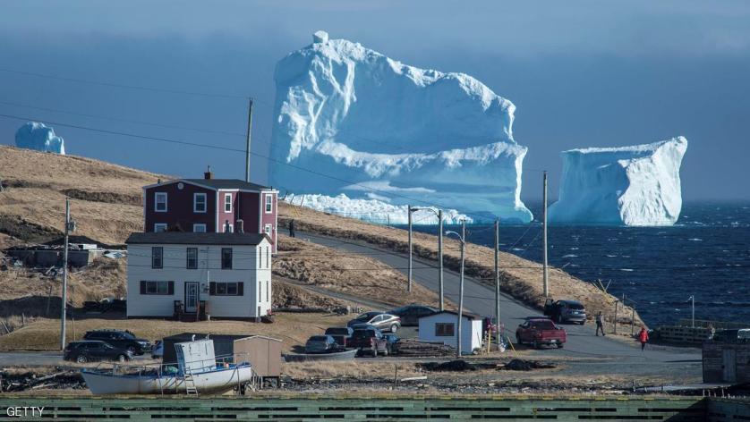 """. جبل """"الجليد"""" العملاق"""