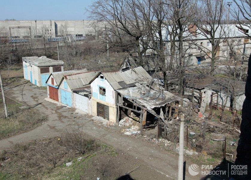 Улица Привокзальная состоит всего из семи домов, большая часть из которых разрушена.