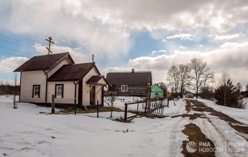 Часовня Преображения Господня, построенная в 18 веке, в деревне Улялега Пряжинского района Карелии.