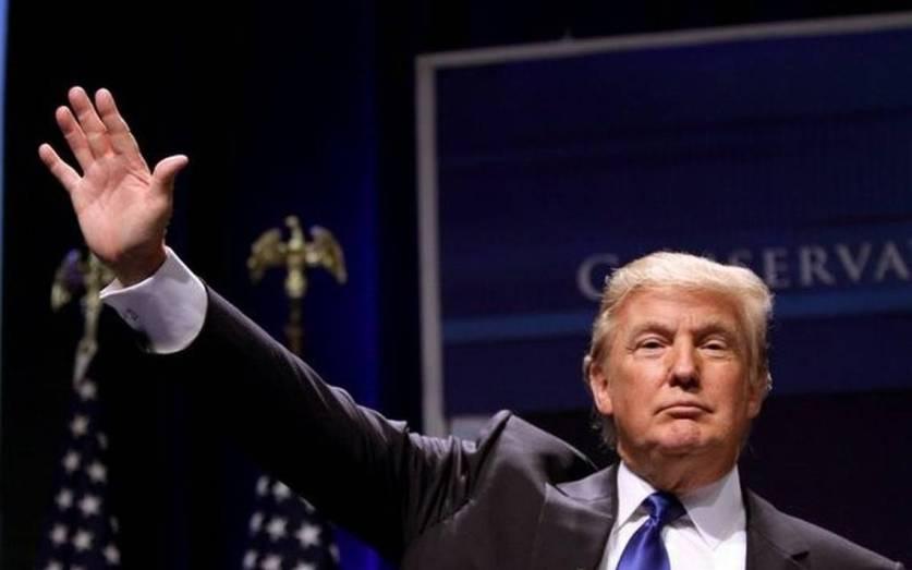 Трамп назвал частичное восстановление иммиграционного указа «победой безопасности»