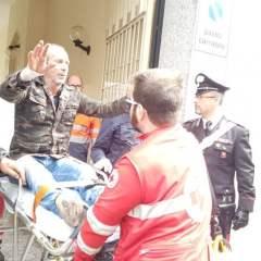 Угрожающего суицидом жителя Турина остановила чашка капучино