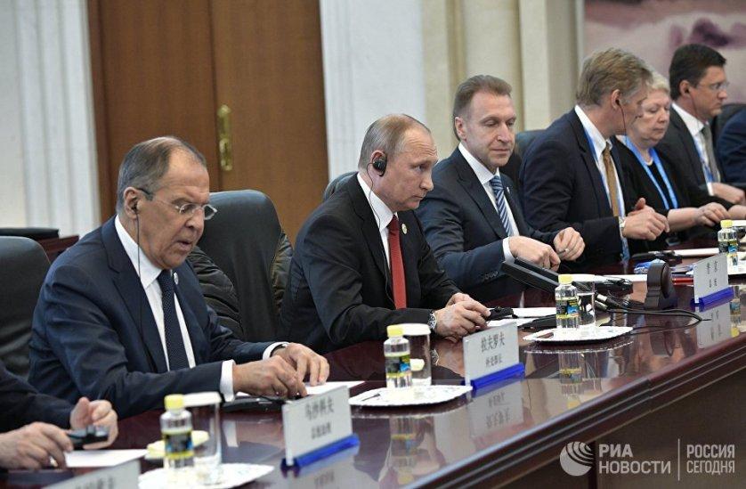 Путин также подчеркнул, что между Россией и Чехией отмечается рост товарооборота.