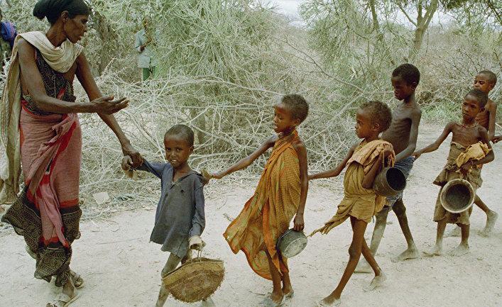 Голодные дети Сомали