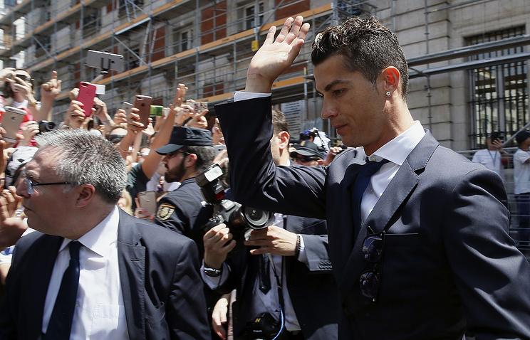 СМИ: Криштиану Роналду может грозить до пяти лет тюрьмы за неуплату налогов