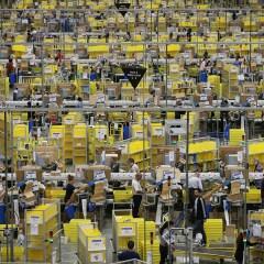 Цена акций Amazon.com впервые превысила $1 тыс.