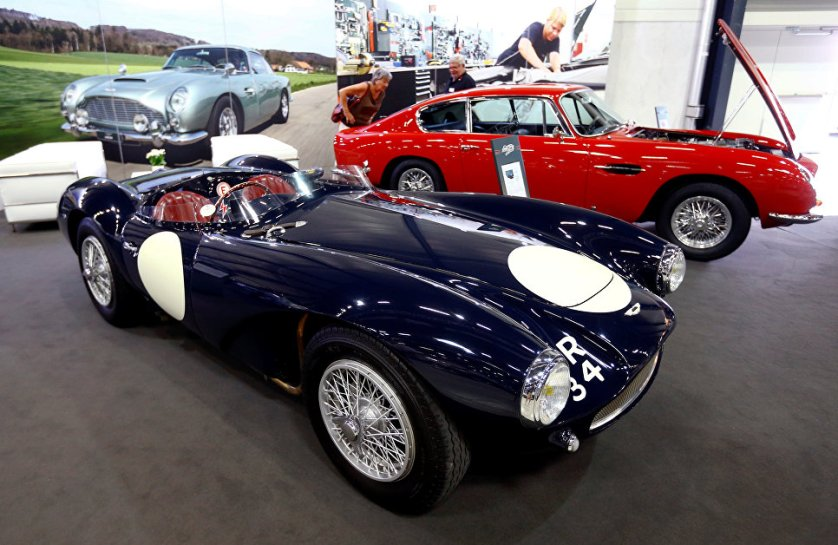 Модель гоночного автомобиля Aston Martin DB3S производилась в Великобритании с 1953 по 1956 годы.