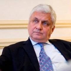 СМИ: Посол России во Франции считает Макрона «настоящим и ярким лидером»