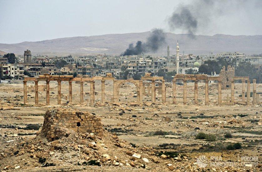 Историческая часть и современные районы Пальмиры. Сирия, 21.04.2016.