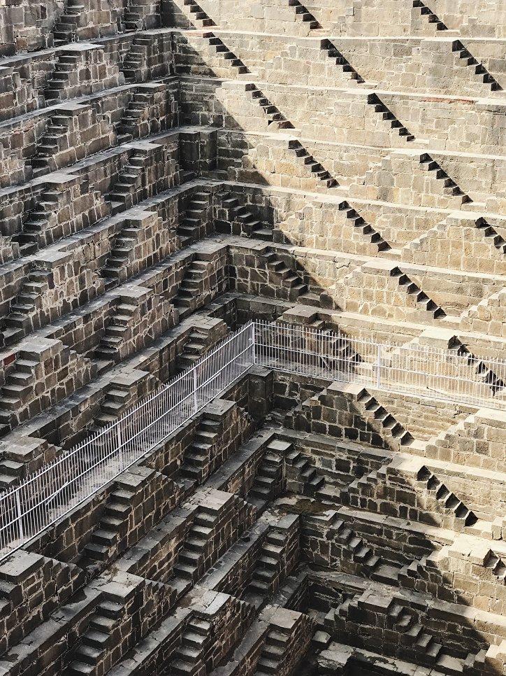 "Работа фотографа из Тайваня Падди Чао ""Чанд Баори"" (Chand Baori), занявшая 1-ое место в категории ""Архитектура""."