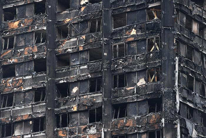 Причиной пожара в лондонской высотке оказался неисправный холодильник