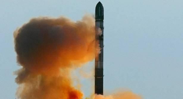 """الصاروخ الروسي """"شكفال"""" يدمر كل أساطيل الولايات المتحدة وأوروبا العسكرية"""