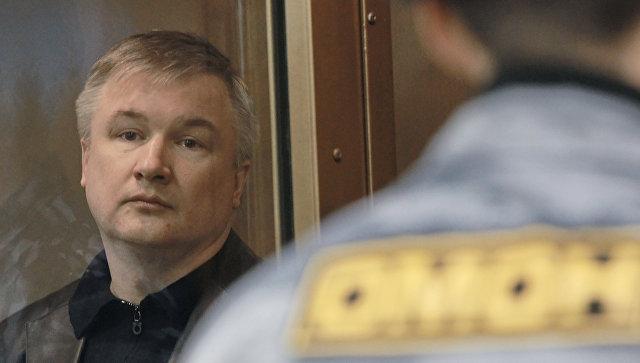 Путин заявил, что помилование Изместьева возможно, но на это нужно время