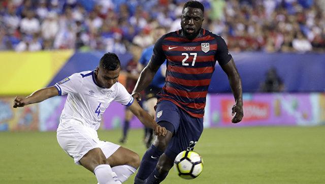 Футболисты сборной Сальвадора покусали игроков команды США