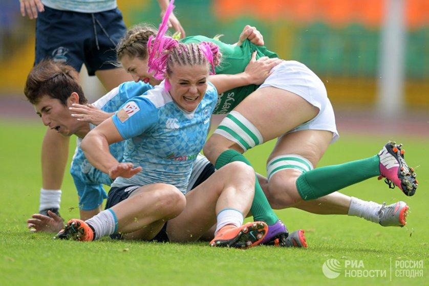 Заключительный, второй этап чемпионата Европы по регби-7 среди женщин прошел в Казани 9 июля.