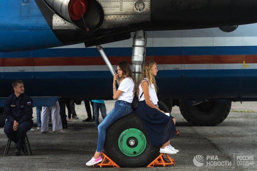 """День открытых дверей в аэропорту """"Толмачево"""" в Новосибирске."""