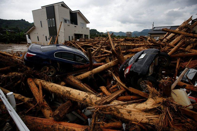 Последствия шторма в городе Асакура префектуры Фукуока, Япония.