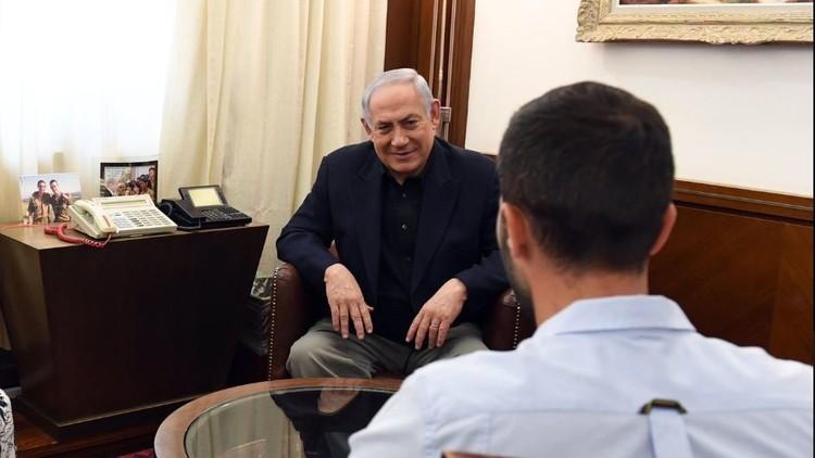 وسائل إعلام إسرائيلية تكذب صورة لقاتل الأردنيين وتكشف عن تفاصيل شخصية عنه!
