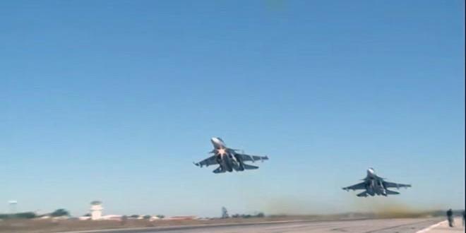 """الطيران الحربي الروسي يدمر مقرات """"داعش"""" في ريف حماة"""