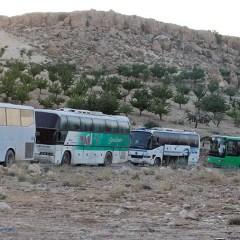 Боевиков «Джебхат ан-Нусры» с семьями выгнали из Ливана в Сирию