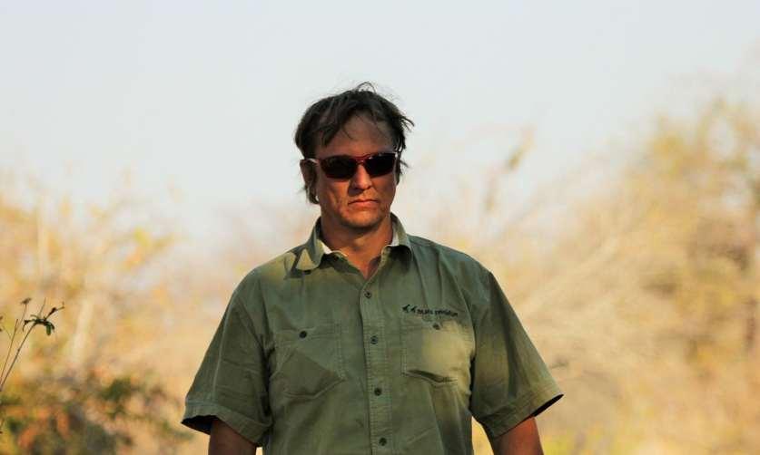 В Танзании застрелен защитник слонов Уэйн Лоттер