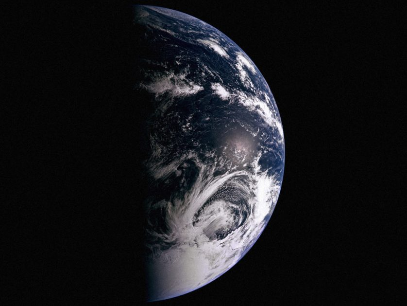 Разработанный томскими учеными наноспутник начал передавать сигналы с орбиты Земли