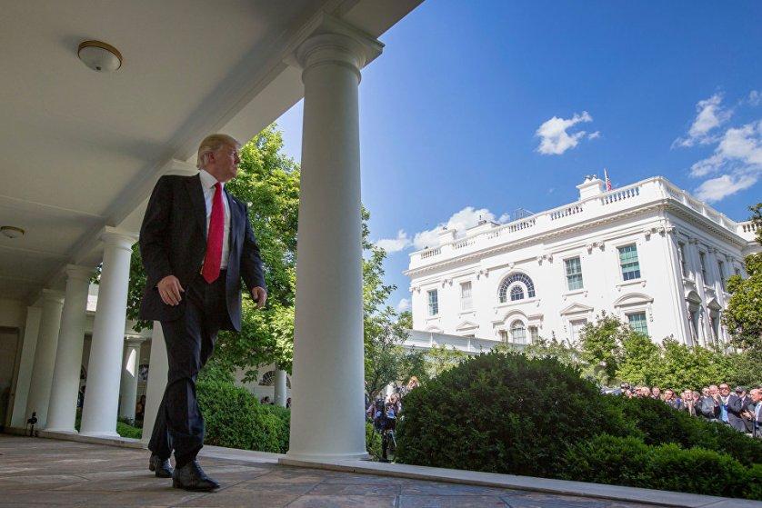 Президент США Дональд Трамп в Белом доме