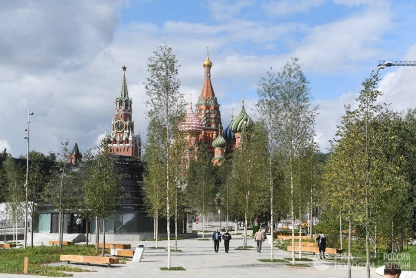 """""""Зарядье"""" — первый парк, построенный в границах Бульварного кольца в Москве, за последние 200 лет."""