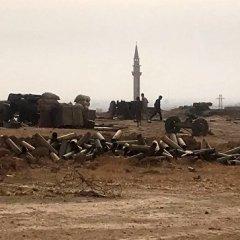 Сирийская армия отбила атаку ИГ* на главный путь снабжения Дейр-эз-Зора