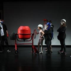 «Я не один»: как игра в театре помогает ребятам из детдомов искать себя