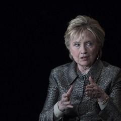 Хиллари Клинтон в мемуарах сравнила себя с королевой из «Игры престолов»