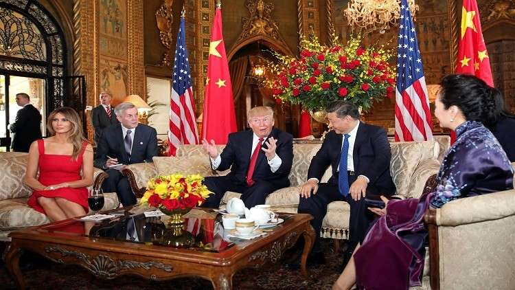 """الصين توجه """"ضربة قاصمة"""" للعملة الأميركية"""