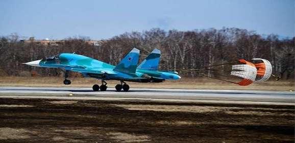 """شركة """"سوخوي"""" تسلم دفعة جديدة من قاذفاتها للقوة الفضائية الجوية الروسية"""