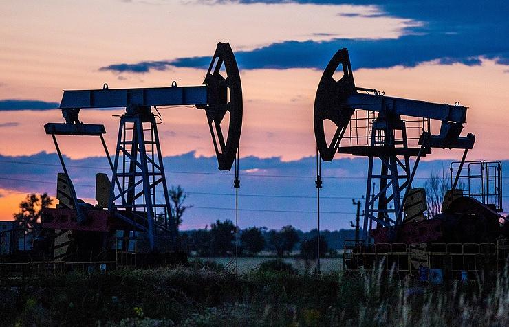 Суточная добыча нефти в Венесуэле опустилась ниже 2 млн баррелей впервые за 28 лет