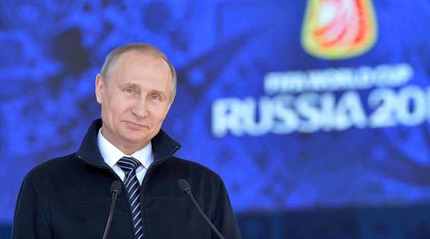 بوتين يؤكد استعداد بلاده لاستضافة نهائيات كأس العالم 2018