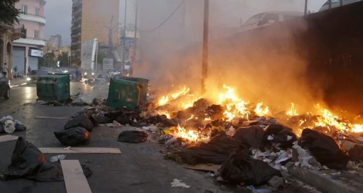 هيومن رايتس ووتش: حرق النفايات يخنق لبنان