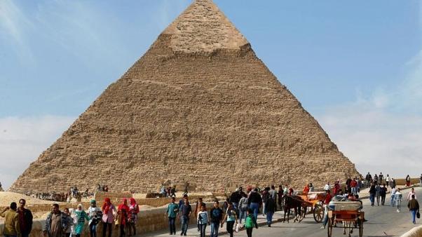 وزيرة السياحة المصرية توافق على لجنة من القطاع الخاص لحل مشكلات القطاع