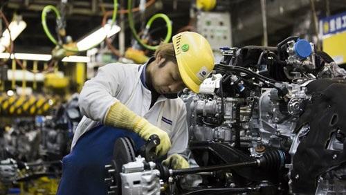انتعاش طلبيات الآلات في اليابان وانحسار المخاوف بشأن الإنفاق الرأسمالي
