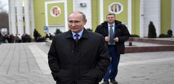 بوتين يتفقد القرم وسيفاستوبول