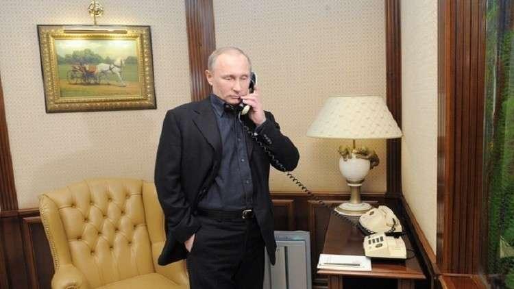 الكرملين: بوتين أجرى اتصالا هاتفيا مع نظيره الأوكراني بيترو بوروشينكو