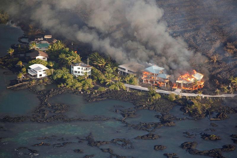 رئيس بلدية: الحمم البركانية دمرت 600 منزل بجزيرة بيج أيلاند في هاواي