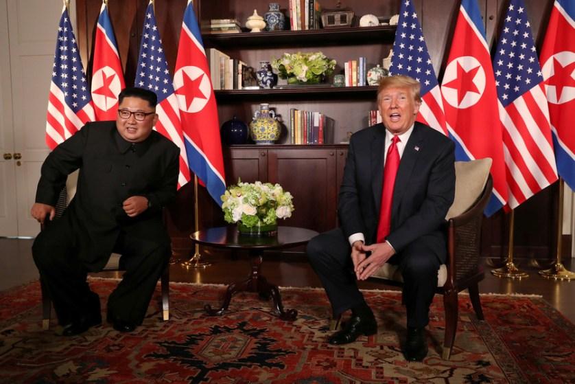 Historic handshake: Kim, Trump face off at Singapore summit (VIDEO, PHOTOS)